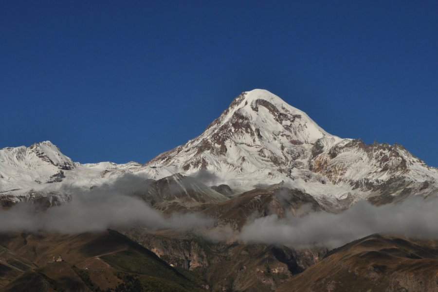 How to organize an expedition to Mt. Kazbek