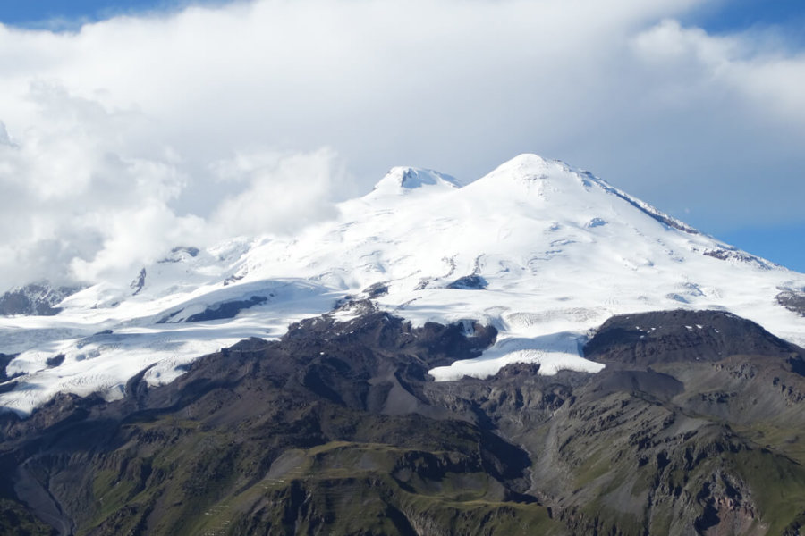 HOW TO ORGANIZE AN EXPEDITION TO ELBRUS / ELBRUS AND KAZBEK JOINTLY?