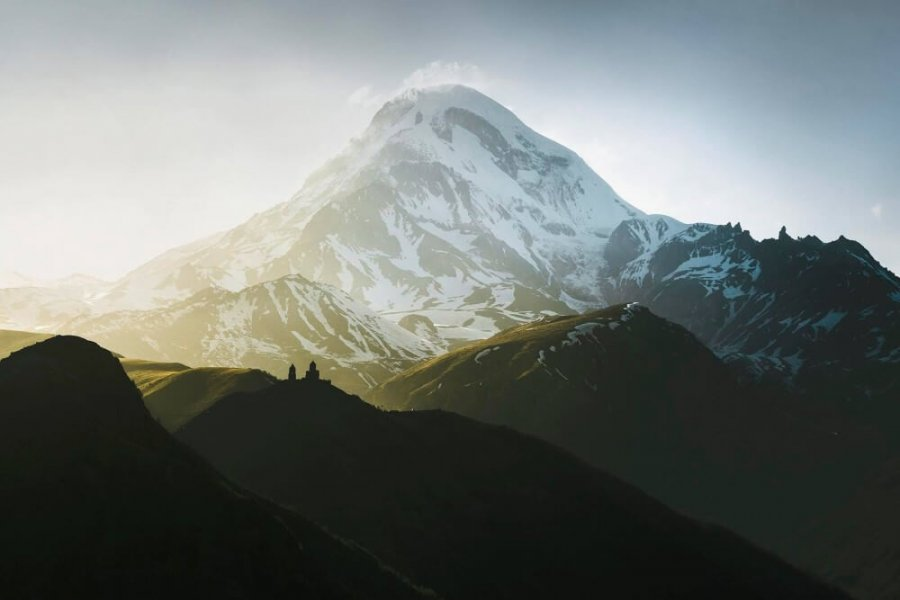 How to organize an expedition to Mt. Kazbek?